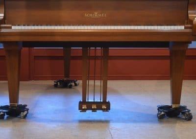 bases-para-piano-con-ruedas-cromadas-7-la-galeria-del-piano